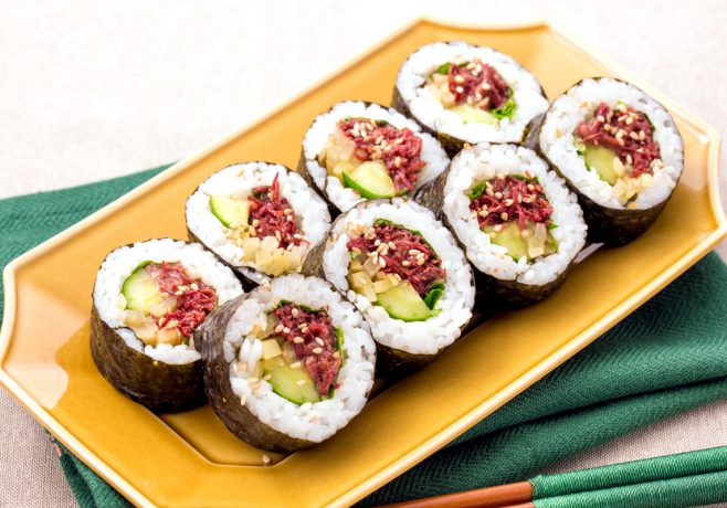 桜肉の韓国風海苔巻き