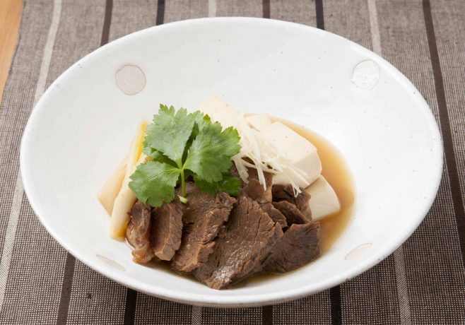 牛肉の和風甘辛煮の肉豆腐