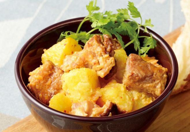 鶏の炭火焼きのポテトサラダ